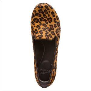 Dansko Olivia leopard print pump 39